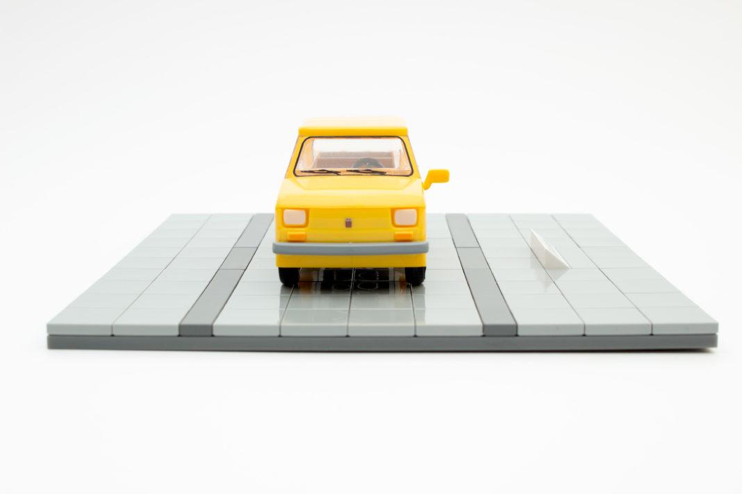 Im Gegensatz zu vielen anderen Youngtimer-Modellen von COBI ist die Frontpartie aus einem Stück gefertigt, welche zudem komplett bedruckt ist.