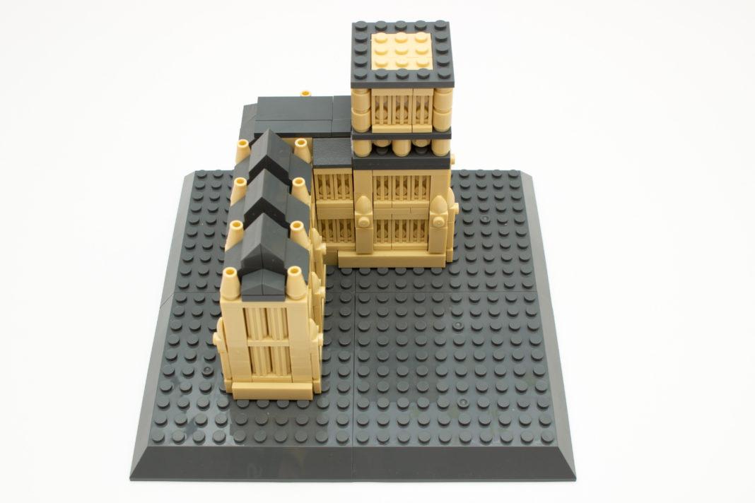 Trotz des geringen Preises zeichnet sich das Big-Ben-Modell durch einen guten Detailgrad aus.