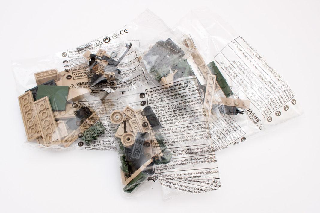 Die Steine für den Syrena R20 werden unsortiert in vier Tüten geliefert