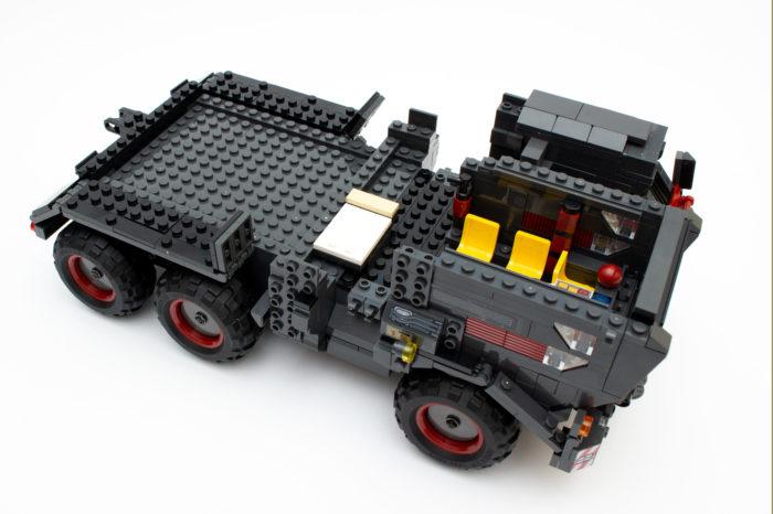 Zugmaschine mit fast fertigem Führerhaus