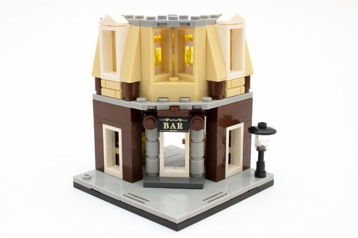 Die Corner Bar mit erster Etage