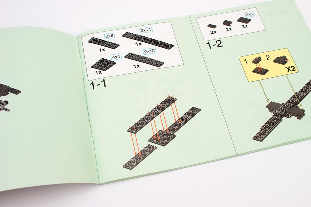 Die gut gestaltete Anleitung zeigt deutlich, wohin neue Teile gesetzt werden müssen