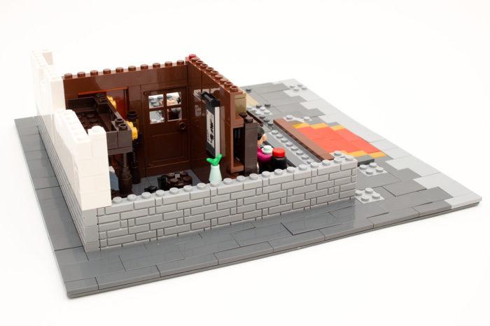 Das Set beinhaltet auch viele Mauersteine