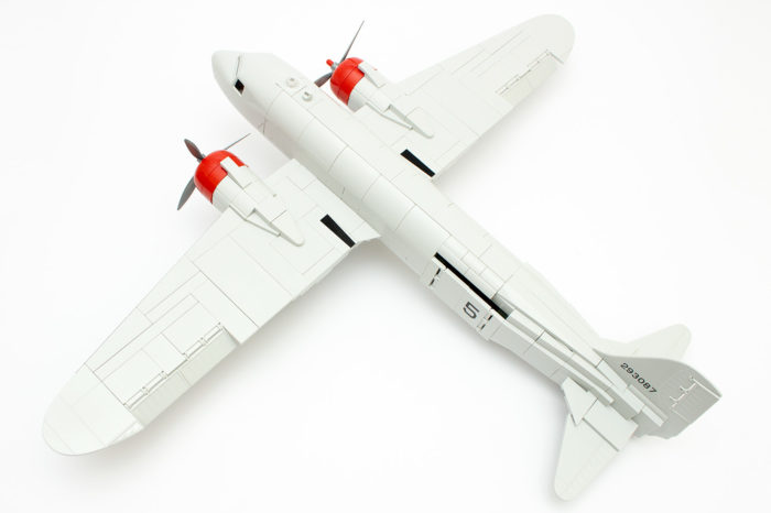 Die fertige C-47 von Cobi ohne Aufkleber