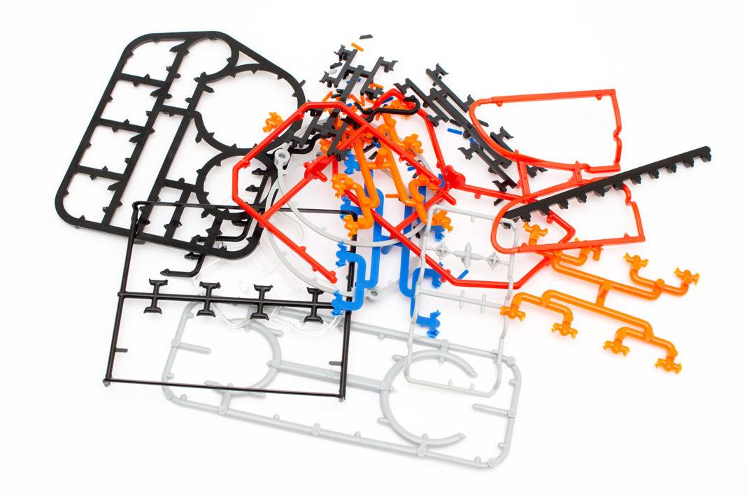 Nach rund 45 Minuten lösen der Teile bleibt viel Kunststoffmüll übrig