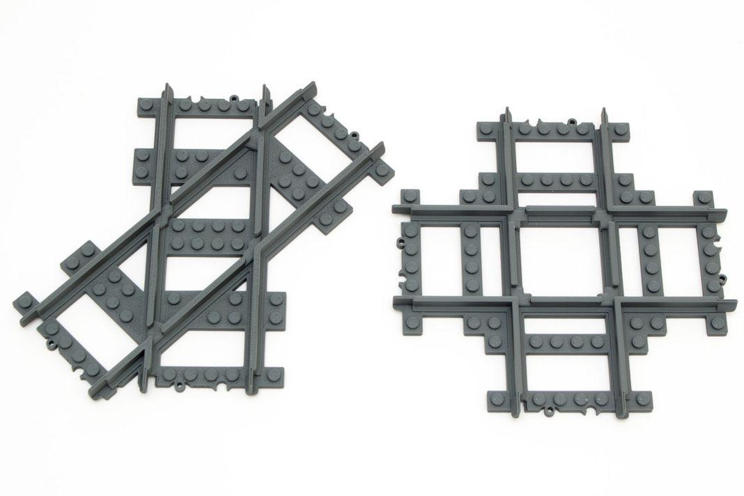 Die Kreuzung mit einem Winkel von 45 Grad (links) und die 90-Grad-Version (rechts