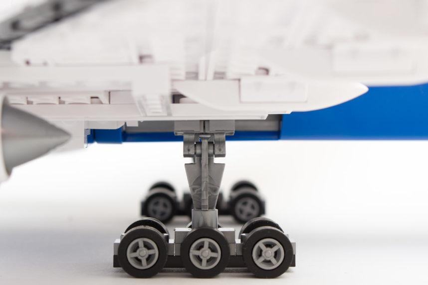 Das Fahrwerk der 777X von Cobi
