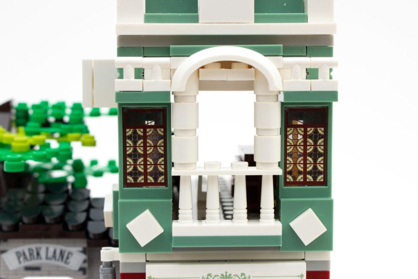 Kleine, aber schöne Verzierungen schmücken das viktorianische Haus von Woma
