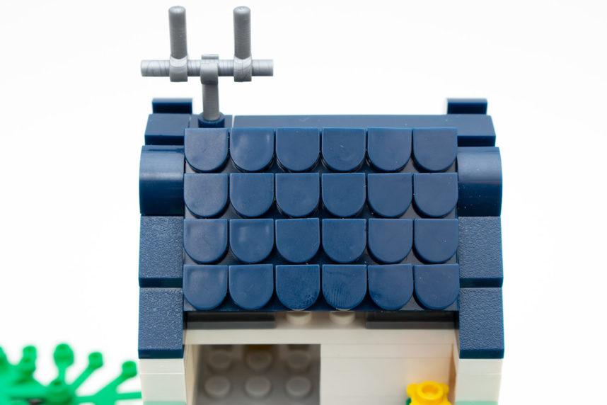 Der Zusammenbau des vorderen Daches dürfte kleineren Kindern nur wenig gefallen