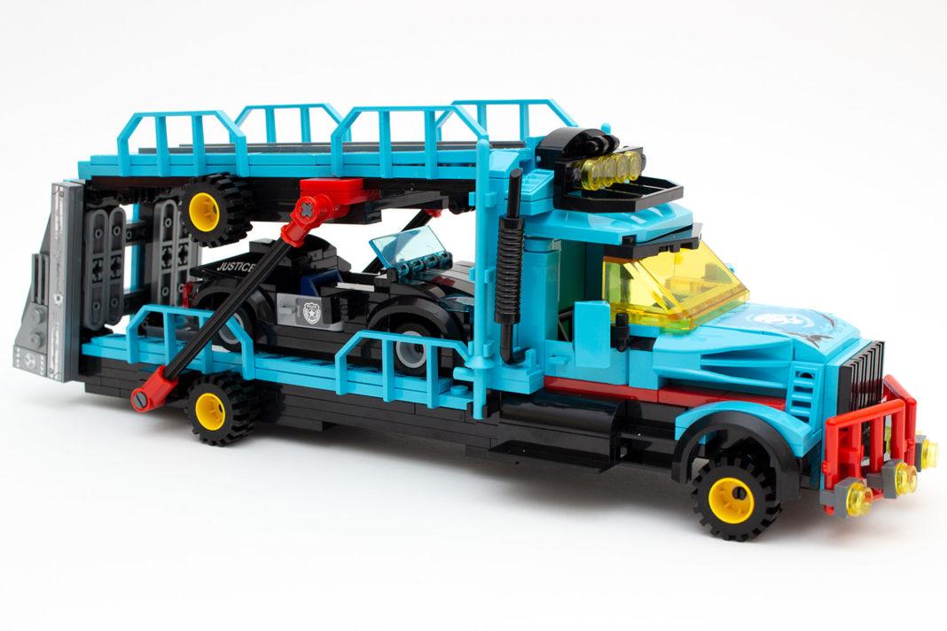 Der fertige Transporter wirkt sehr massiv