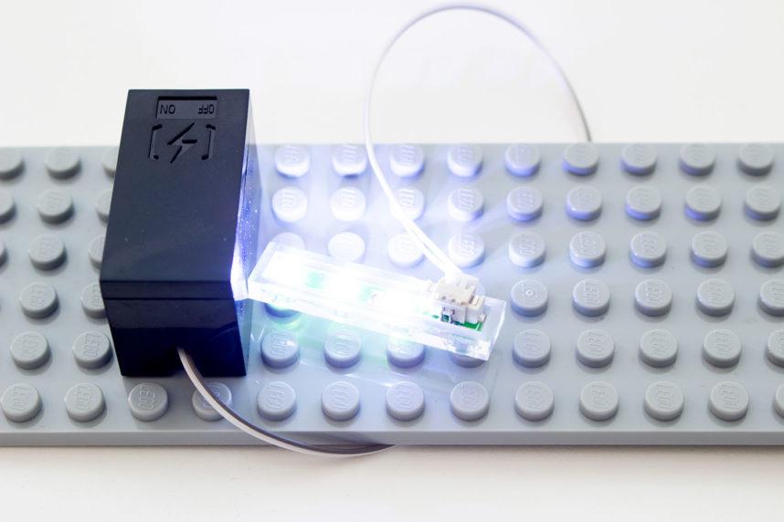 Das Set beinhaltet zwei LED-Leuchten