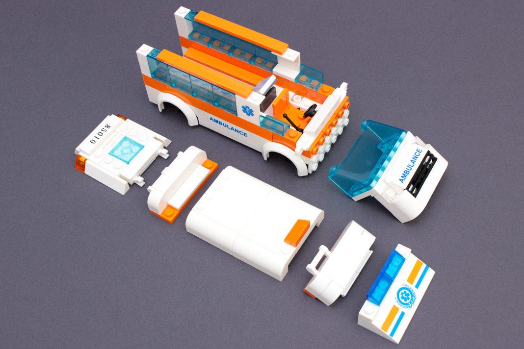 Der Krankenwagen von Blocki in seine Komponenten zerlegt