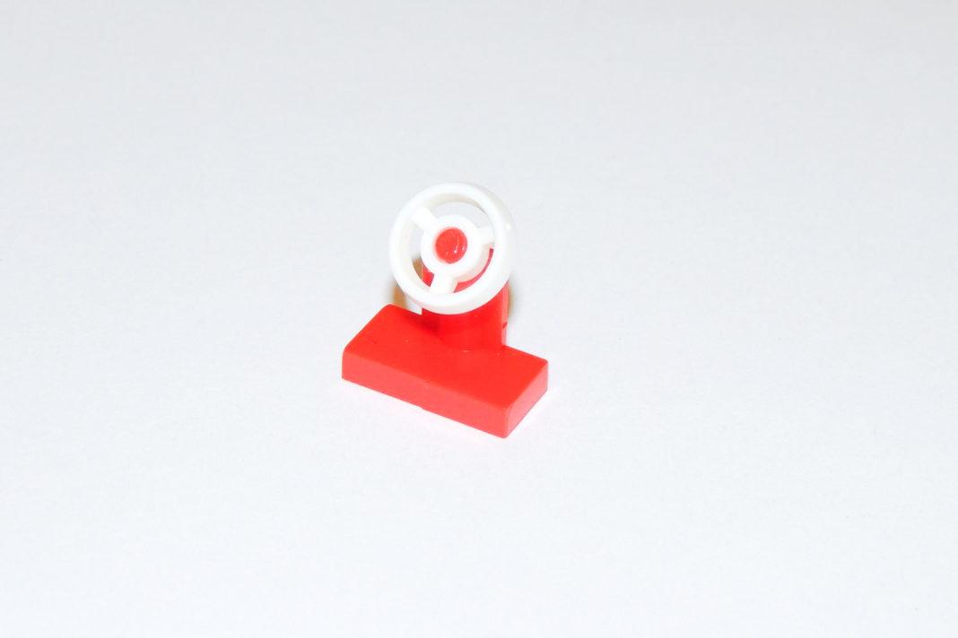 Ein weißes Lenkrad mit roter Plate Modified bietet Lego nicht