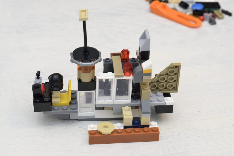 Ein Wasserflugzeug… oder eine Lokomotive von Jim Knopf?