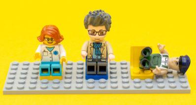 Bausteinecke erhält Technische Betrachtung zur Minifigur