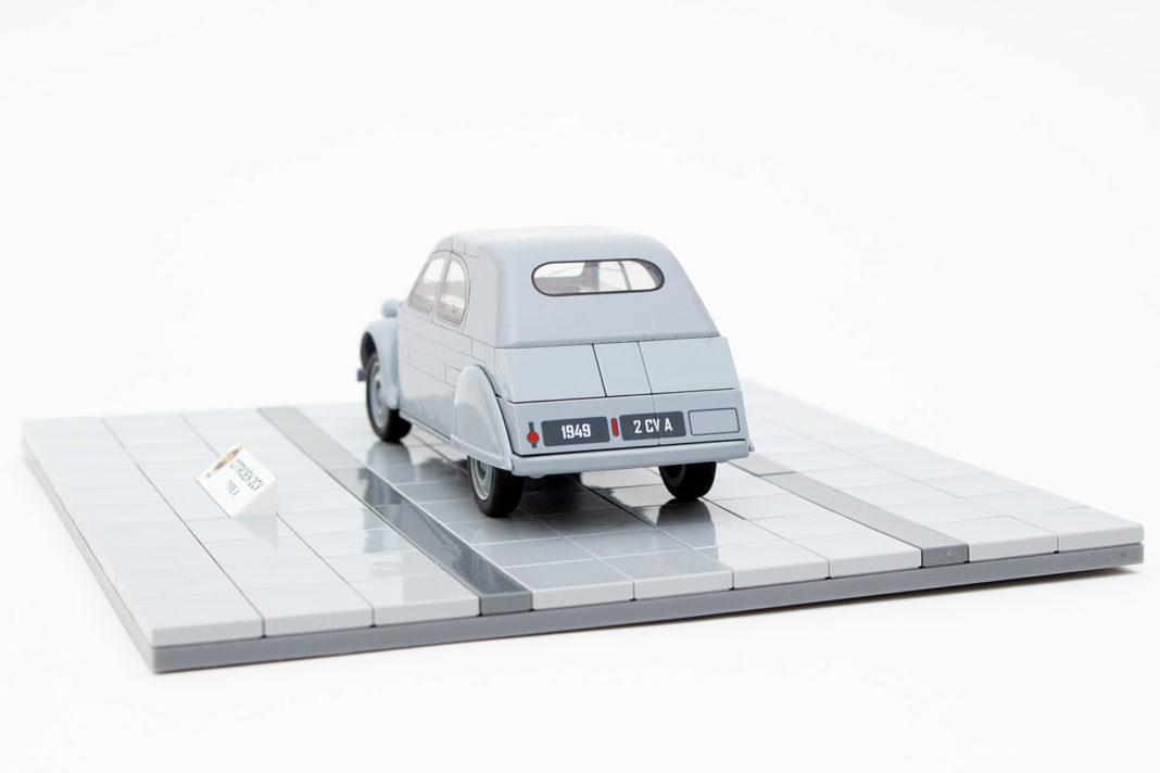 Das Heck des Citroën 2CV